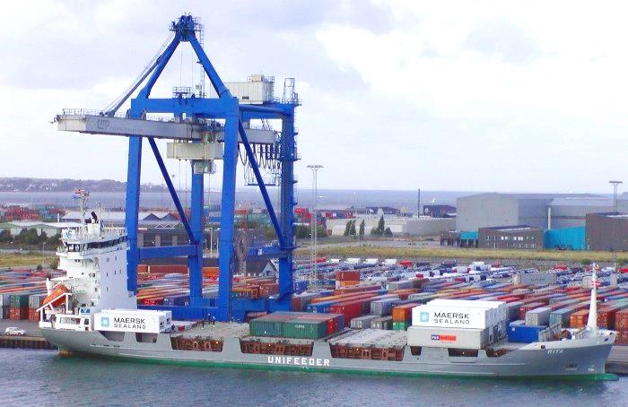 Comment importer exporter en maritime Asie vers Europe (Grenoble, Lyon, Saint-Quentin Fallavier, Marseille, Bordeaux, Paris, Nantes)
